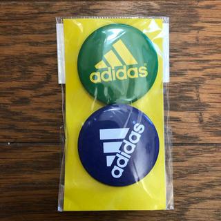 アディダス(adidas)のadidas 缶バッチ(バッジ/ピンバッジ)