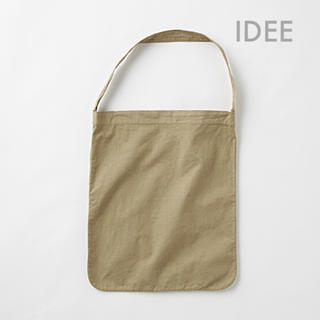 イデー(IDEE)の IDEE POOL いろいろの服 ワンショルダートート オリーブ(トートバッグ)