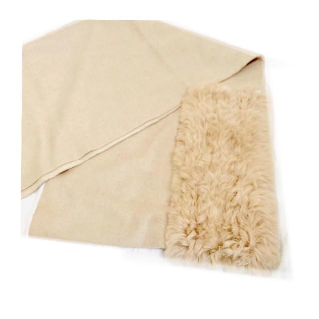 Furla(フルラ)の新品 レッキス ベージュ マフラー ストール 毛皮 レディースのファッション小物(ストール/パシュミナ)の商品写真