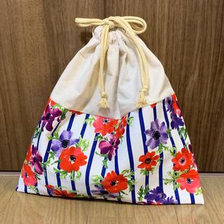 ハンドメイド♡52 お着替え袋♡フラワー ベージュ紐(外出用品)