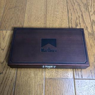 ジッポー(ZIPPO)の新品・未使用品 マルボロZippoコレクション3個セット木箱入(タバコグッズ)