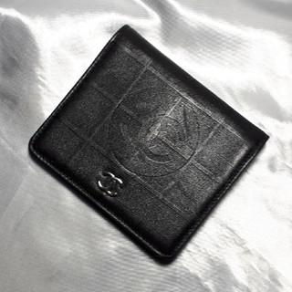 シャネル(CHANEL)の【最終値下げしました❣️】シャネルの二つ折り札入れ(折り財布)