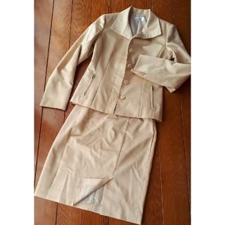 アーヴェヴェ(a.v.v)のa.v.v MICHEL KLEIN Parisスーツ ジャケット スカート(スーツ)