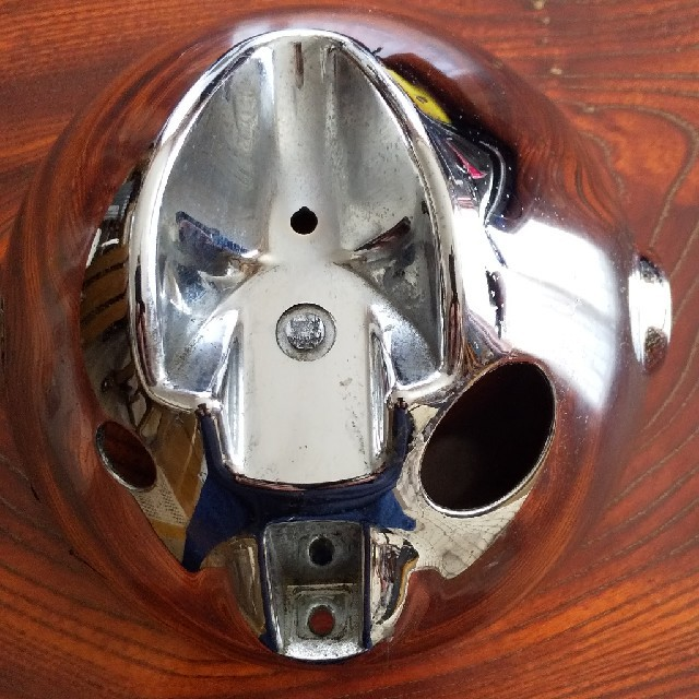 カワサキ(カワサキ)のW650純正ライトカバー 自動車/バイクのバイク(装備/装具)の商品写真