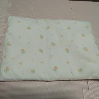 ニシマツヤ(西松屋)の子供用枕(枕)