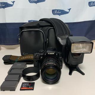 キヤノン(Canon)のCanon EOS Kiss digital X すぐ使えるセット 外部ストロボ(デジタル一眼)