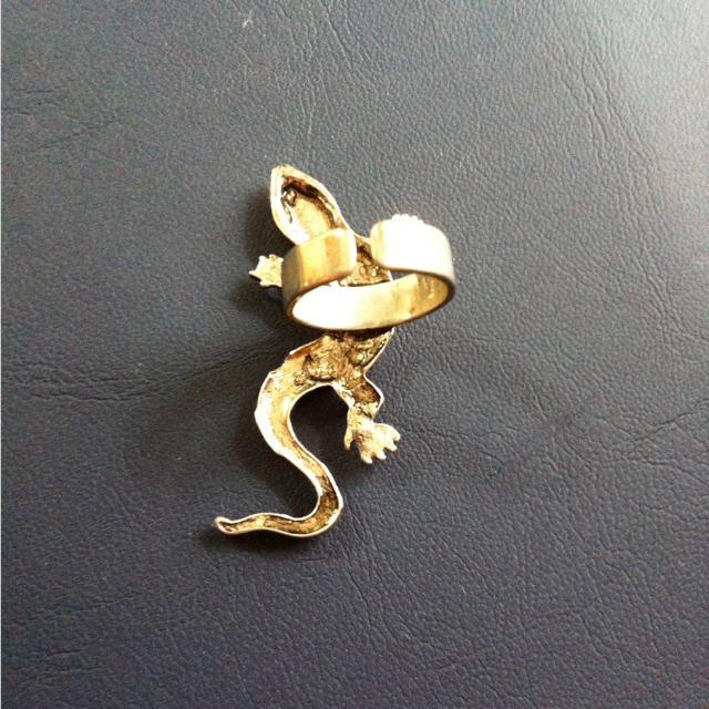 トカゲの指輪 レディースのアクセサリー(リング(指輪))の商品写真