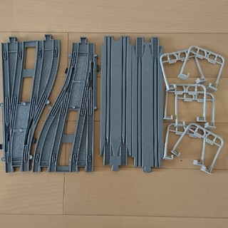 新品未使用! プラレールアドバンス レール 高架セット (鉄道模型)