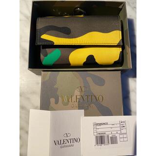 ヴァレンティノ(VALENTINO)のVALENTINO 新品 迷彩柄ウォレット 財布 チェーン付き(折り財布)