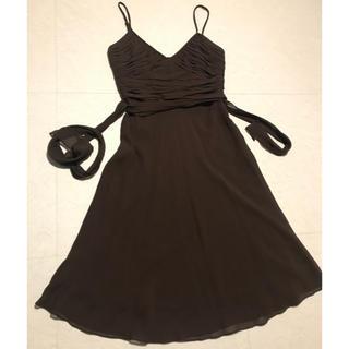 ビーシービージーマックスアズリア(BCBGMAXAZRIA)のBCBGMAXAZRIA ワンピース ドレス シルク100%(ミディアムドレス)