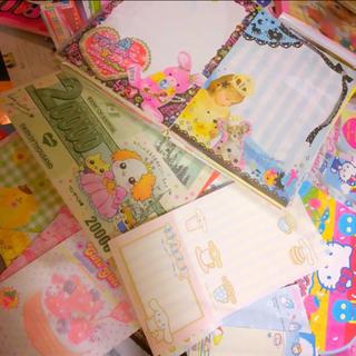 サンリオ多め♡大量バラメモおすそ分けセット(410枚以上)+オマケ付き(ノート/メモ帳/ふせん)