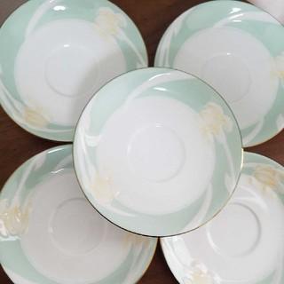 イヴサンローランボーテ(Yves Saint Laurent Beaute)のイブサンローラン  お皿(食器)