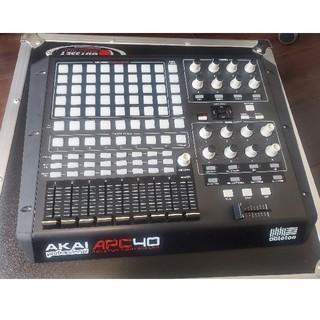 Akai apc40 apc 40 専用ケース付(MIDIコントローラー)