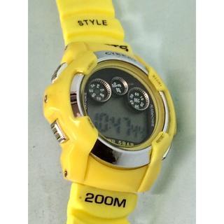 Q19)J-AXIS・デジタルスポーツウォッチ・イエロー電池交換済み(腕時計(デジタル))