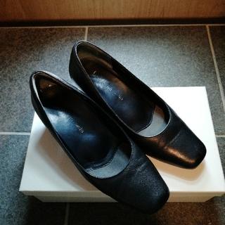 黒パンプス22.5cm(ハイヒール/パンプス)