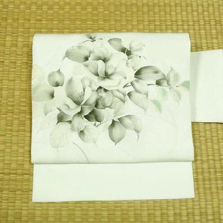 白地にモノクロの花 名古屋帯(帯)