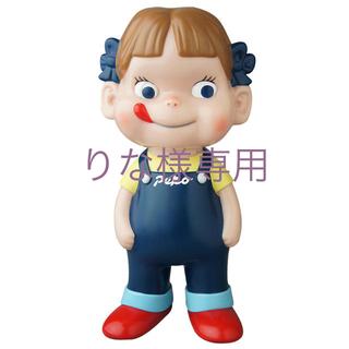 ペコちゃんソフビ人形(キャラクターグッズ)