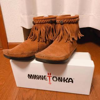 ミネトンカ(Minnetonka)のMINNETONKA ハイトランバーアンクルフリンジブーツ ミネトンカ(ブーツ)