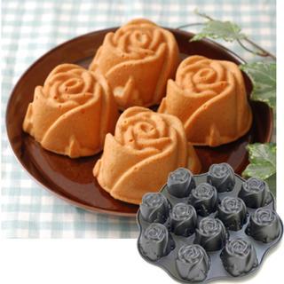 ウィリアムズソノマ(Williams-Sonoma)のノルディックウエア【Nordic Ware 】スイートローズケーキ型(調理道具/製菓道具)