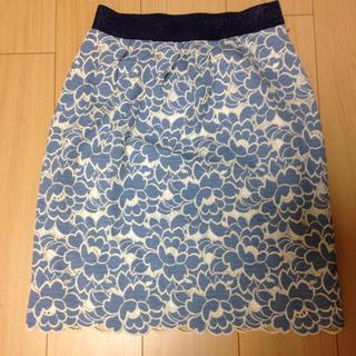 デンドロビウム(DENDROBIUM)のレーススカート(ひざ丈スカート)