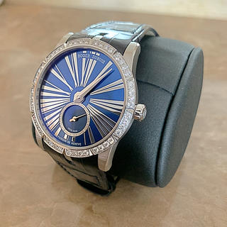 ロジェデュブイ(ROGER DUBUIS)のロジェデュブイ ❗️福岡正規店購入❗️3回使用のみ❗️定価231万円❗️(腕時計)