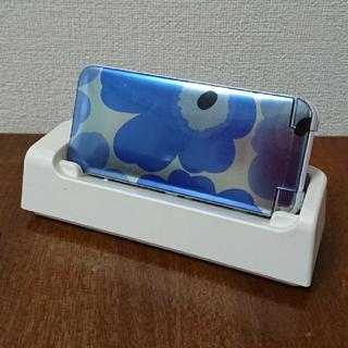 エヌティティドコモ(NTTdocomo)のdocomo マリメッコ ガラケー(携帯電話本体)
