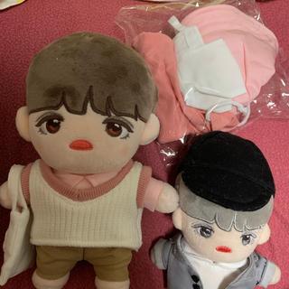 セブンティーン(SEVENTEEN)のエスクプスお人形 右側 服2着付き(ぬいぐるみ/人形)