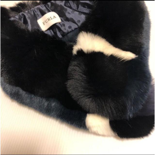 Furla(フルラ)の★新品 FURLA レッキスファー ティペット  マフラー レディースのファッション小物(マフラー/ショール)の商品写真