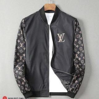 ルイヴィトン(LOUIS VUITTON)のルイヴィトンジャケット マウンテンパーカー MONCLER 大人気(Gジャン/デニムジャケット)