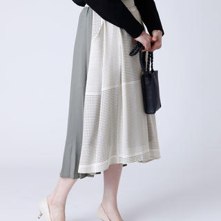 エムスール(m.soeur)のドット×プリーツ 異素材スカート(ひざ丈スカート)