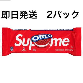シュプリーム(Supreme)のSupreme®/OREO Cookies (Pack of 3) 2個セット(菓子/デザート)