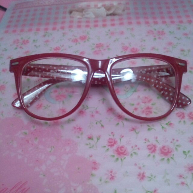 赤伊達メガネ レディースのファッション小物(サングラス/メガネ)の商品写真