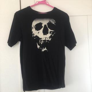 ヒステリックグラマー(HYSTERIC GLAMOUR)の値下げヒステリックグラマー スカルベリーTシャツ Mサイズ メンズ シン様専用(Tシャツ/カットソー(半袖/袖なし))