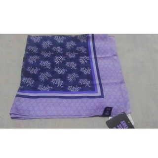 アナスイ(ANNA SUI)のアナスイユニクロコラボスカーフ新品ブラック(バンダナ/スカーフ)