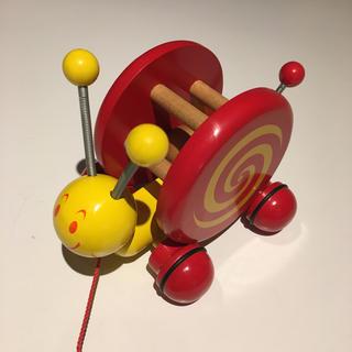 ヴィラック(vilac)のvilac カタツムリ 引っ張る玩具 プルトイ フランス製(知育玩具)