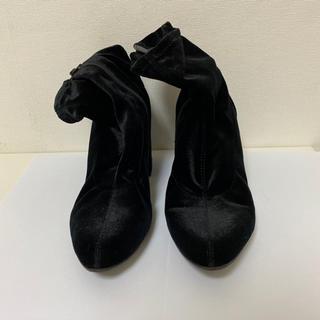 ジーユー(GU)のGU ベロアショートブーツ ブラック(ブーツ)