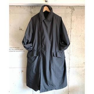 美品 テアトラ 48 デバイスコート ステンカラーコート ウォレットパンツ(チェスターコート)