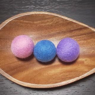羊毛フェルトボール《猫のおもちゃ》鈴無し(おもちゃ/ペット小物)