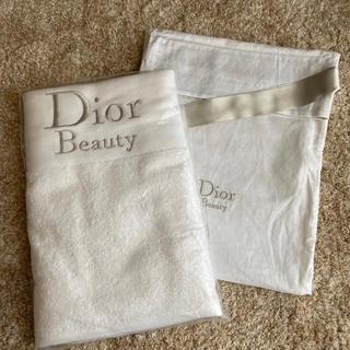 ディオール(Dior)の【新品、未開封】Dior Beauty バスタオル(タオル/バス用品)