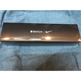 アップルウォッチ(Apple Watch)のapple watch series5 nike 44mm GPS +セルラー(スマートフォン本体)