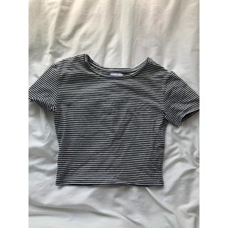 ザラ(ZARA)のショート丈トップス ボーダー(Tシャツ(半袖/袖なし))