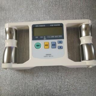 オムロン体脂肪計 HBF-301(体脂肪計)