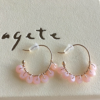 アガット(agete)のagete アガット 天然石 ピンク フープピアス K10(ピアス)