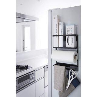 キッチンペーパーホルダー マグネット冷蔵庫サイドラック タワー ブラッ ¥3,