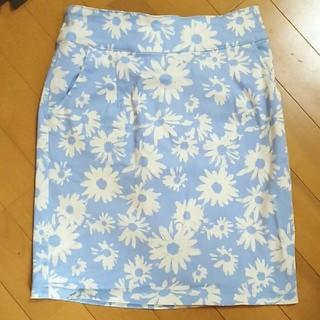 イング(INGNI)のINGNI♡花柄スカート♡Mサイズ(ミニスカート)