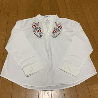 グレイル(GRL)のGRL 花柄刺繍 ホワイト 長袖 チュニック Mサイズ(チュニック)