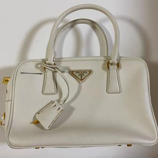 プラダ(PRADA)のプラダ PRADA ボストンバッグ ハンドバッグ バック bag ホワイト(ボストンバッグ)