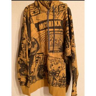 ヴィヴィアンウエストウッド(Vivienne Westwood)の美品ヴィヴィアンウエストウッド アングロマニア★アーカイブプリント パーカー(パーカー)