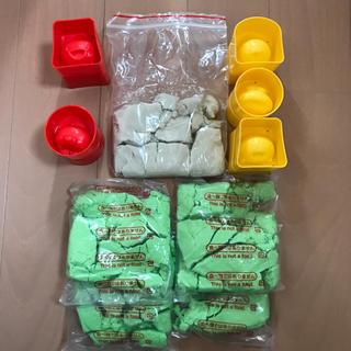 バンダイ(BANDAI)の室内砂遊びセット 砂1.1キロ(知育玩具)