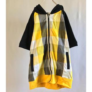シマムラ(しまむら)の半袖 ジップ ジップアップ パーカー 黄色 可愛い フード 黒 チェック メンズ(パーカー)